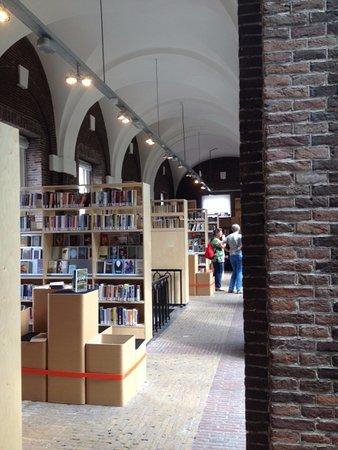 Schiedam, Holland: en ook natuurlijk boeken