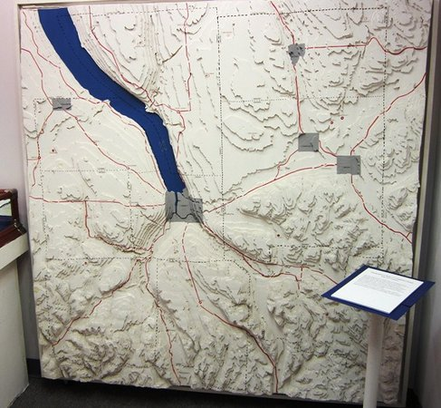 The History Center: 3D Map of Ithaca