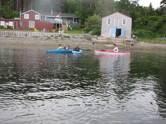Guysborough, Canada : Paddles Up