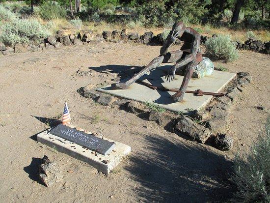 Weed, Kalifornia: The Korean War Veterans Memorial