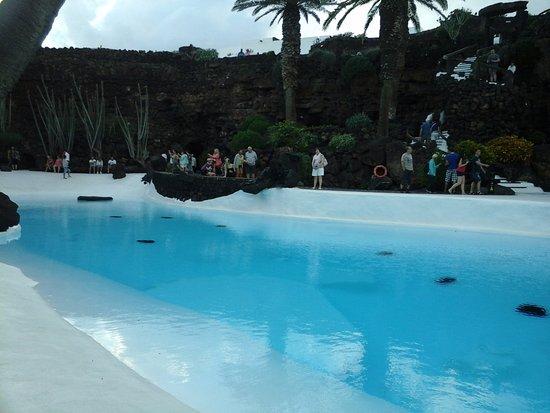 Punta Mujeres, Ισπανία: piscina non naturale prima dell'uscita dalla caverna