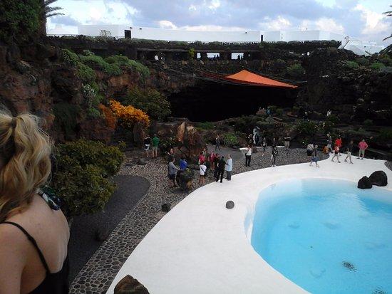 Punta Mujeres, Ισπανία: piscina tra le rocce costruita ....ma carina