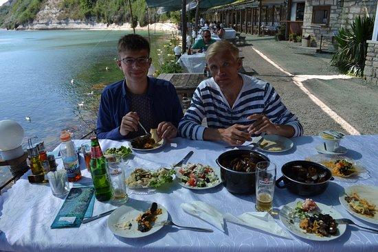 Kavarna, Βουλγαρία: наш обед