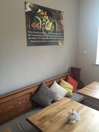 Hampstead Norreys, UK: Corner of the cafe