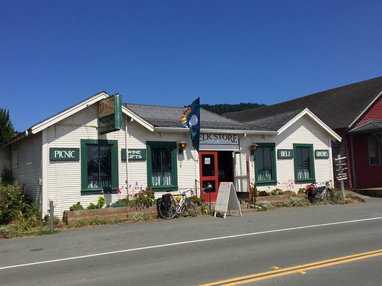 Elk, كاليفورنيا: Great Little Store with all you need for a picnic at the beach