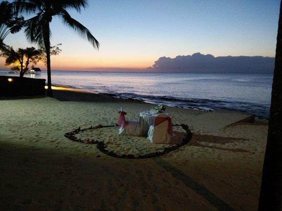 Le Meridien Ile Maurice: Les diner romantiques sur la plage