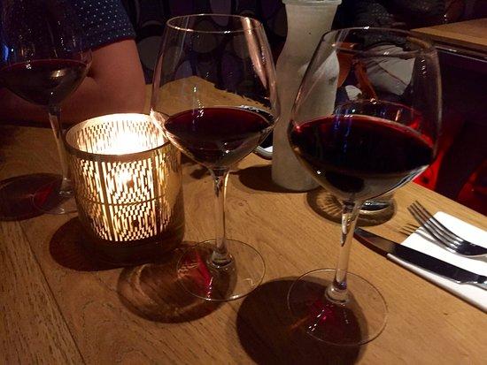 """Heiloo, Holland: De """"Wine & Dine"""" is een echte aanrader, die moet je niet missen!"""
