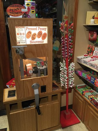 Springdale Candy Company: photo9.jpg