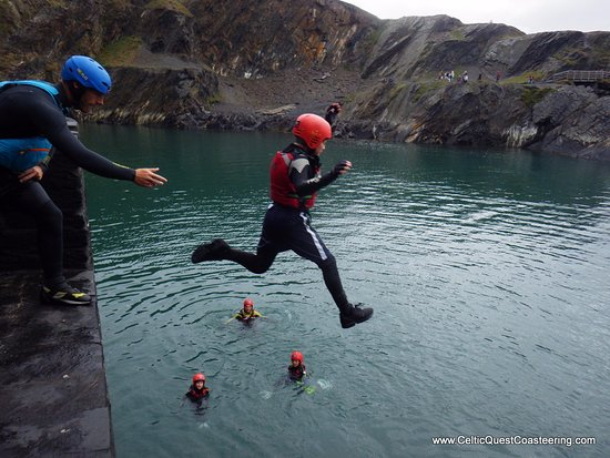 Haverfordwest, UK: Coasteering with the Celtic Quest guys at hand