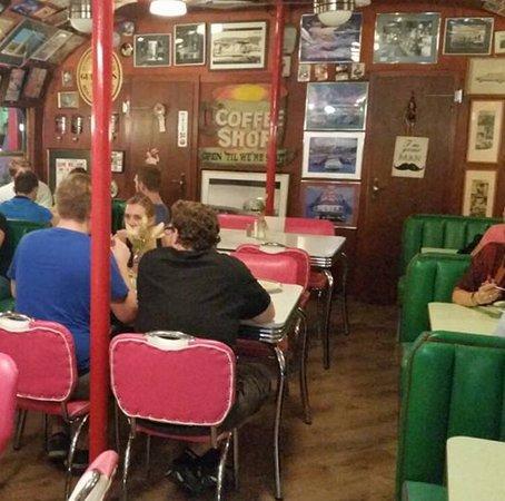 Mandy's Railway Diner: total abgefahrene Location