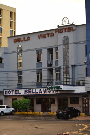 Hotel Bella Vista: This is the outside view