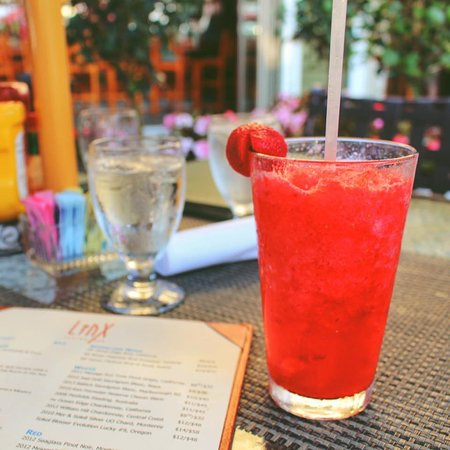 Brewster, MA: Linx Drink