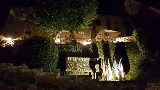 San Giovanni d'Asso, Italia: 20160727_220847_large.jpg