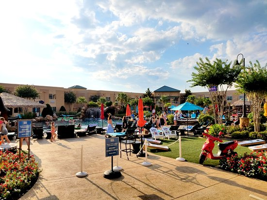 Choctaw Casino Resort: Oasis pool