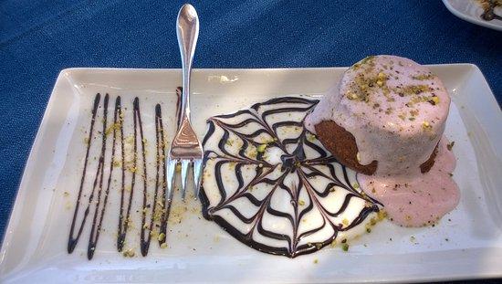 Santa Marina Salina, Italia: tortino al pistacchio