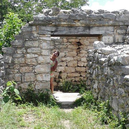 Dzibilchaltun Ruins: IMG_20160727_122332_large.jpg