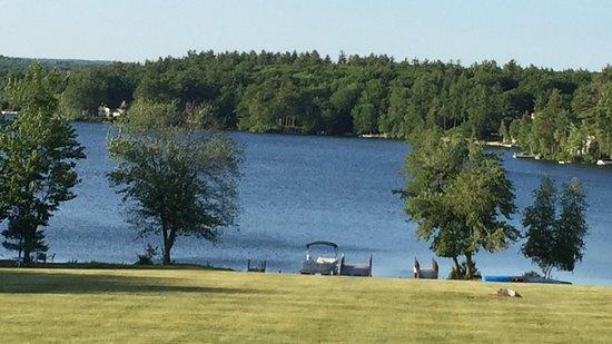 Crescent Lake Inn & Suites: photo3.jpg