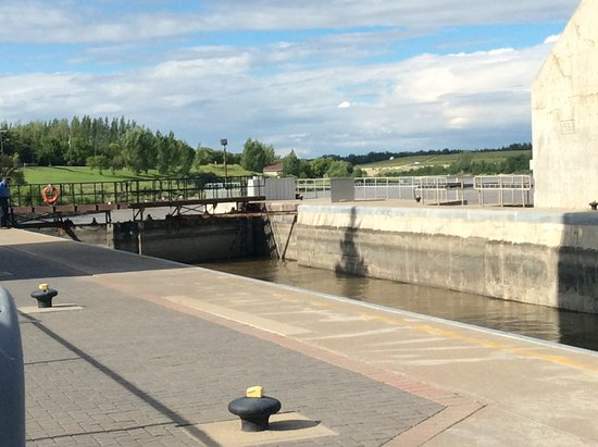 St Andrew's Lock and Dam: The lock