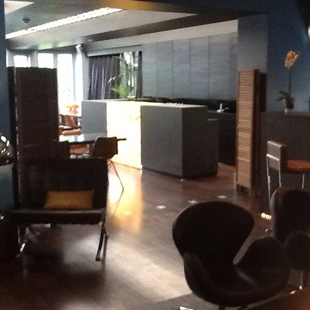 The Soho Hotel: the lobby / lounge area