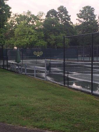 Williamsburg Inn: Tennis Courts