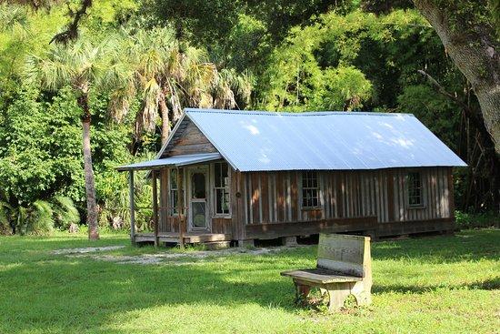 Koreshan State Park: Conrad Schlender Cottage