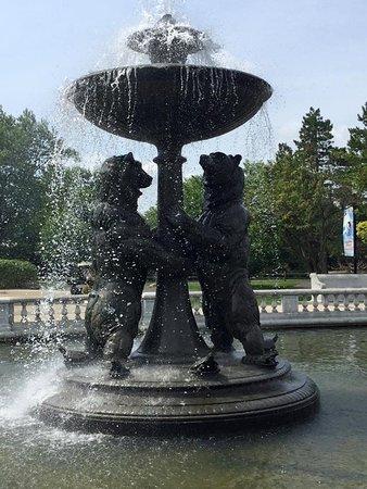 Royal Oak, MI: fountain