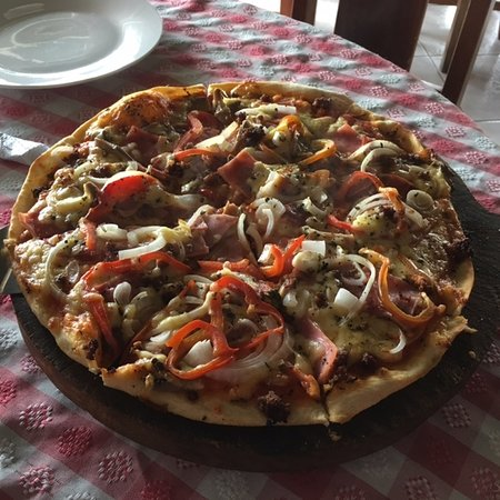 Nuevo Arenal, Costa Rica: The Farm pizza