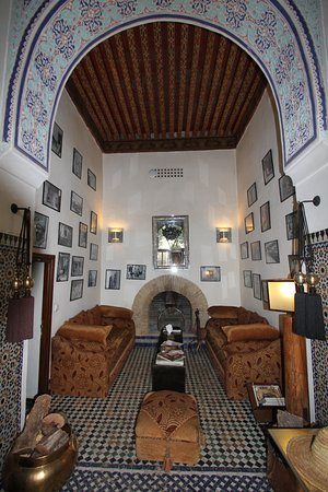 Riad Laaroussa Hotel and Spa: Lounge area