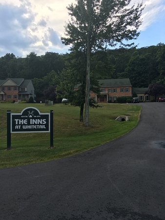 Mercersburg, PA: The Inns at Whitetail are charming and within walking distance to the ski slopes!!!
