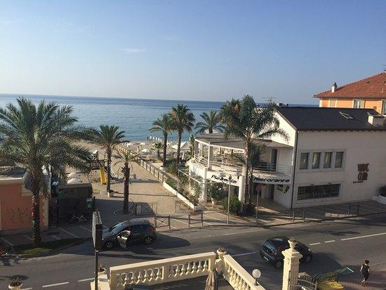 Hotel De La Plage Pietra Ligure