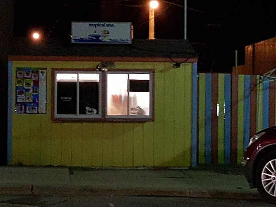 If you're into sno cone style of treats this is the place to come to in Hampton.