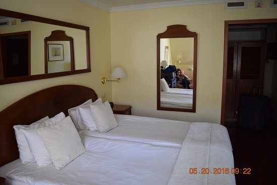 First Hotel Reisen: Our room
