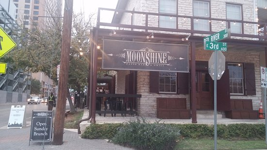 Marvelous Moonshine Patio Bar U0026 Grill