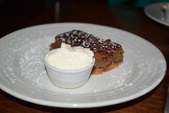 Midleton, Ireland: irish version of pecan pie...we southerners decided it wasn't like home but it was definitely go