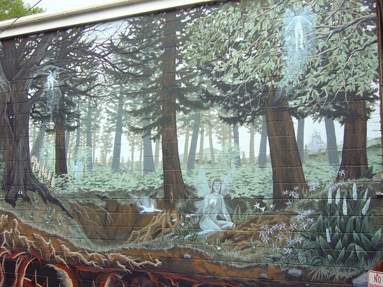 The Cliff House at Pikes Peak: Mural in Manitou Springs