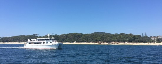 Nelson Bay, Austrália: Hinchinbrook Explorer