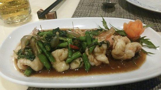 Nuch's Green Ta'lay Restaurant: 20160726_200928_large.jpg