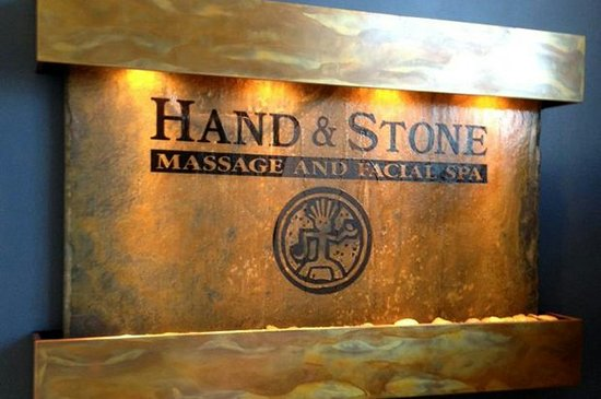 ‪Hand & Stone Massage & Facial Spa‬