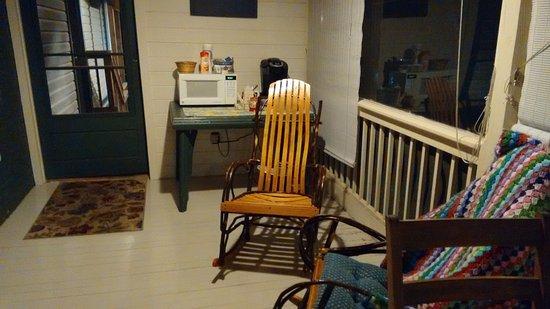 Golden Eagle Inn: Sun Porch