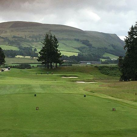 Auchterarder, UK: 1st hole is beautiful