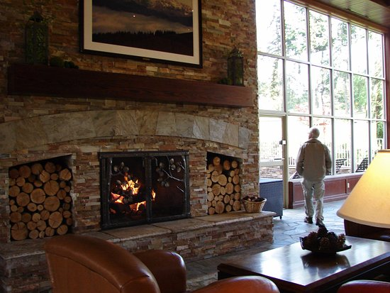 Large Fireplace In Lobby Picture Of Olympic Lodge Port Angeles
