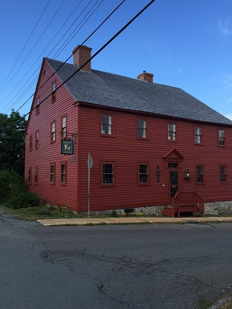Lennox Inn 1791: The Lennox Inn. Lunenburg's Rustic inn stays true to its origin. A diamond in the rough.