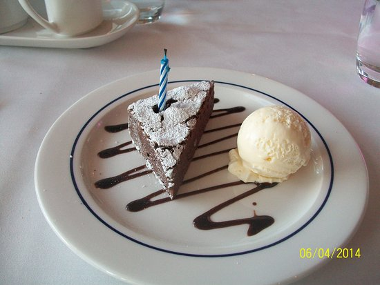 Radisson Blu Hotel & Spa, Galway: My birthday was 3 days before (30!) so this was my special treat.
