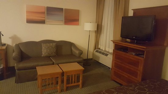 Staybridge Suites Allentown Bethlehem Airport: Queen Studio Suite