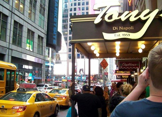 picture of tony 39 s di napoli midtown new york city tripadvisor