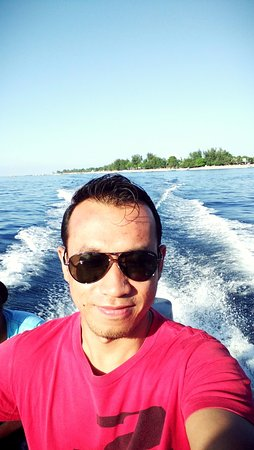 หมู่เกาะกีลี, อินโดนีเซีย: Waktunya untuk snorkling di antara 3 Pulau di hili trawangan.