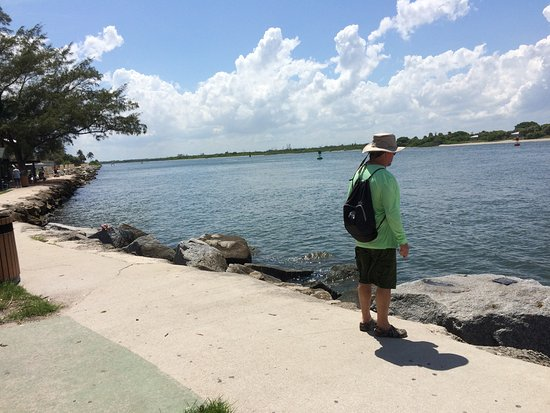Fort Pierce, FL: Beside the jetty