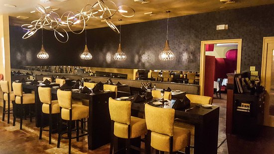Irvington, VA: The dining room