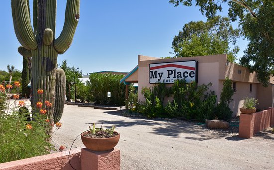 Wickenburg, AZ: My Place Suites … Rustic charm in the modern age