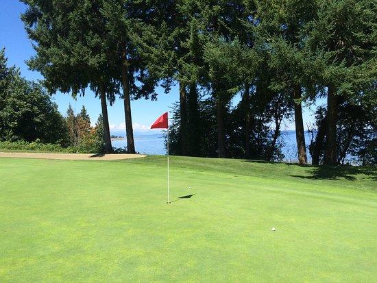 Qualicum Beach Memorial Golf Course: photo0.jpg